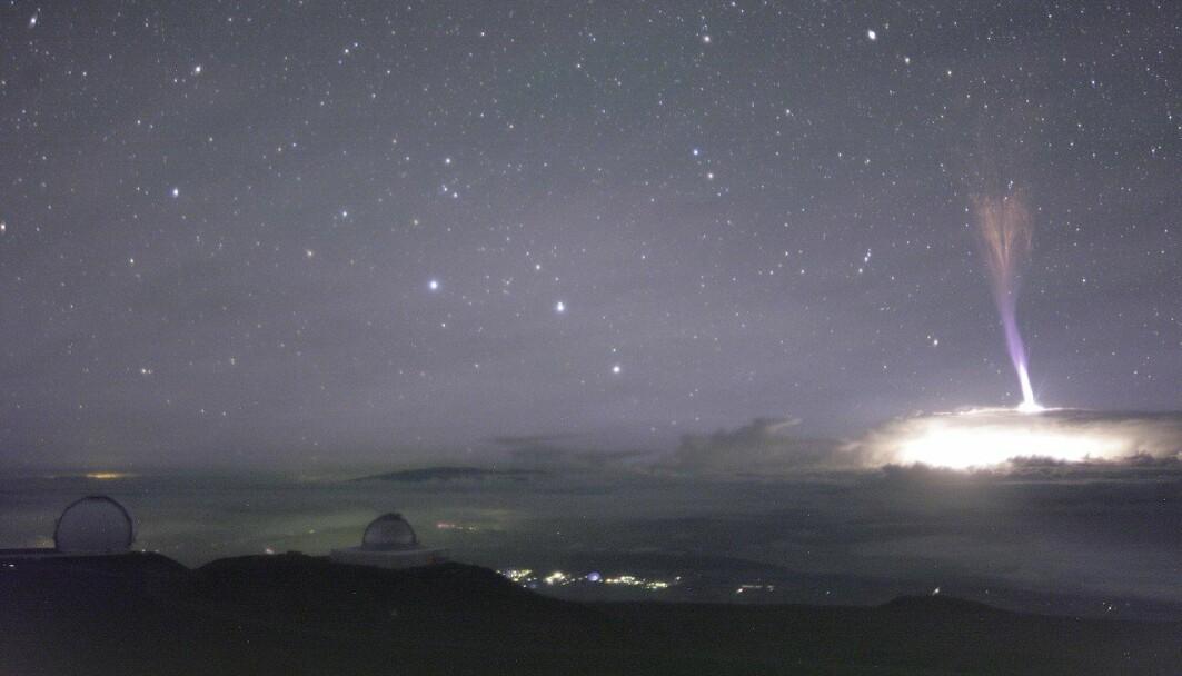 Gigantisk jette, fotografert fra toppen av Maunakea på Hawaii.