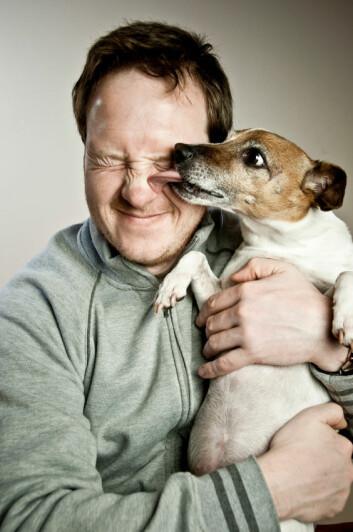 """""""Mennesker og hunder har levd sammen i flere tusen år, og kanskje har vi påvirket dem mer enn vi aner. (Foto:Istockphoto)"""""""