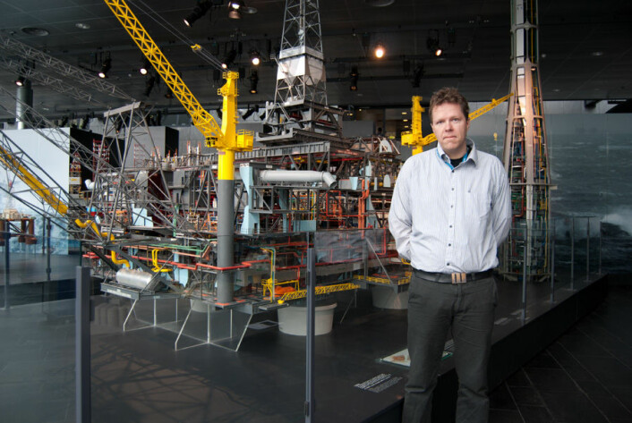 Forsker Gunleiv Hadland ved Norsk Oljemuseum i Stavanger. (Foto: Marianne Nordahl)