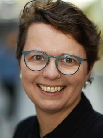 – Gjer det enkelt for ungane å få tak i den sunne maten, seier ernæringsforskar Margrethe Røed. Ho disputerte nyleg ved UiA med ei avhandling om folkehelse og ernæring.