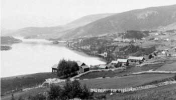 Figur 1. Utsikt over Slidrefjorden fra Kvåle i Vestre Slidre.