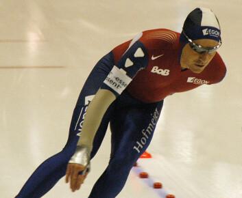 Bob de Jong i aksjon under world cup i speedskating i Heerenveen i Nederland, 23. februar 2008. (Foto: Wikimedia Commons, se lisens her)