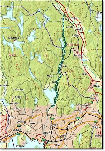 Dragonveien var raskeste vei nordfra til Oslo. Nå har Ståle Pinslie gjenoppdaget den. Veien går rett fram alle steder hvor det er mulig og endte ved Akershus festning.
