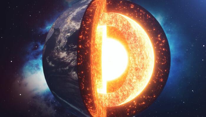 Prosesser nær jordens kjerne har kanskje vært med å påvirke det som har skjedd på overflata.