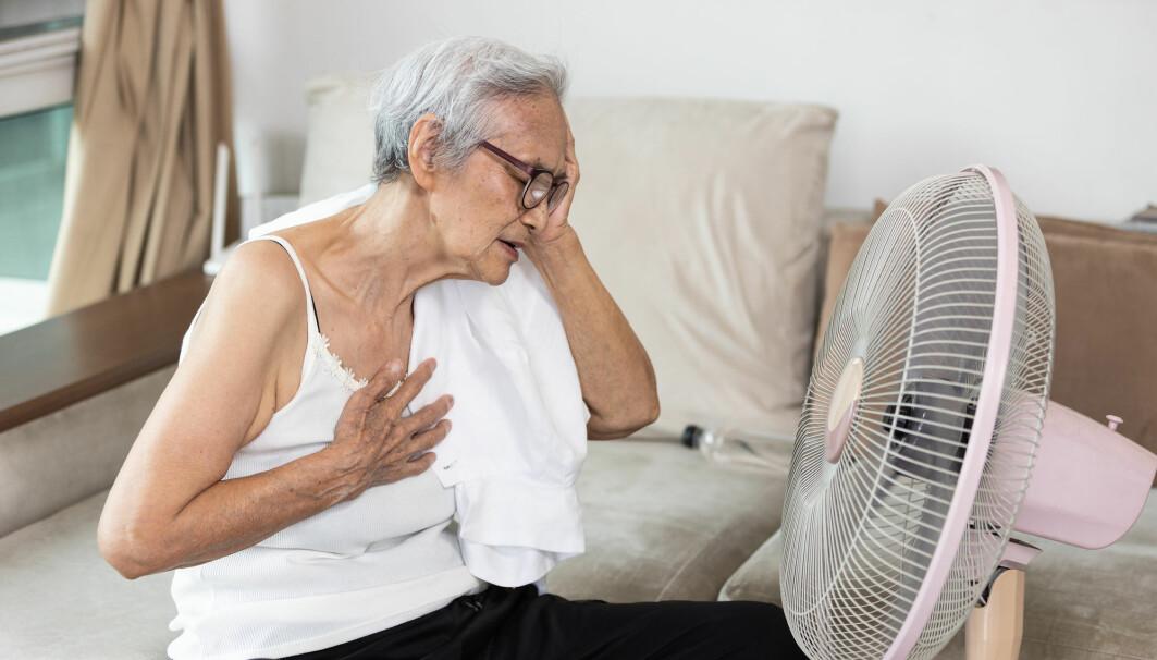 Eldre og barn er særlig utsatt for å få heteslag. Uten behandling kan du dø av det.