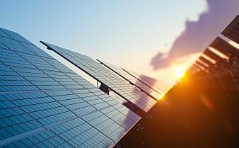 Forsker om framtidens solceller: Forby bly og gjør solcellene lettere å gjenbruke