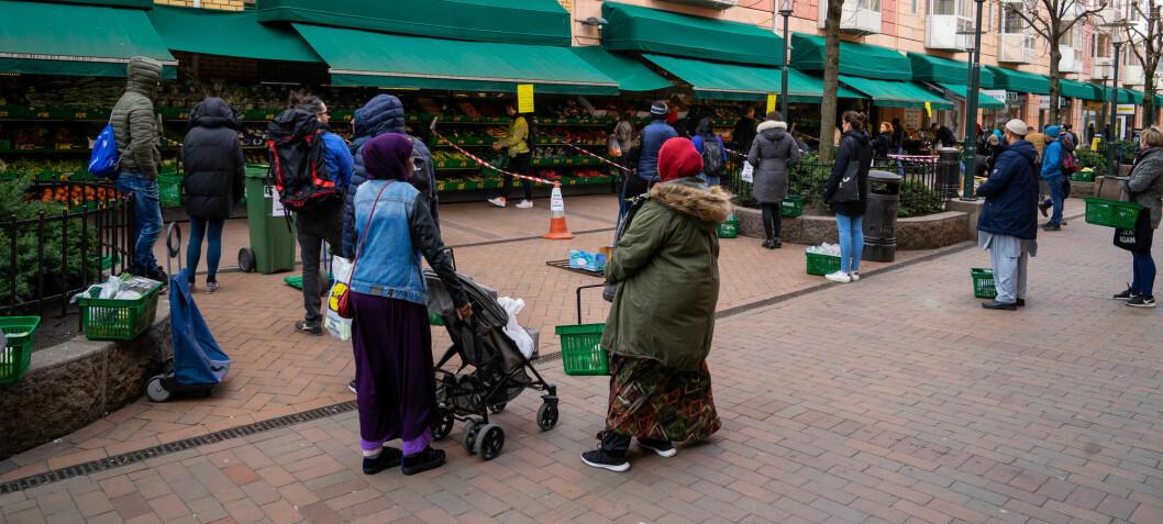 Ikke-vestlige innvandrere ble mer bekymret da pandemien begynte