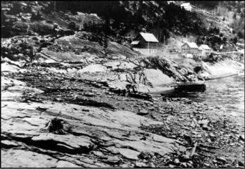 Bildet viser tettstedet Fjøraettertsunamien som rammet Tafjord i Møre og Romsdal i 1934. Bildet er hentet fra boken Dommedagsfjellet av Astor Furseth.
