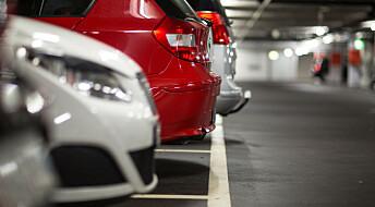 Flere lar bilen stå om de må betale for parkering på arbeidsplassen