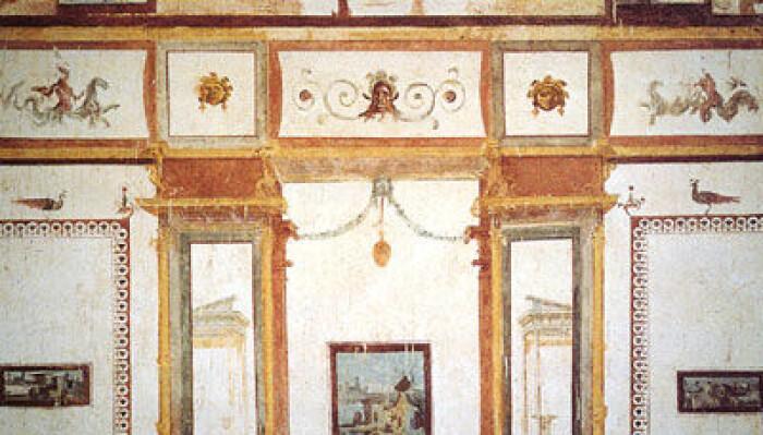 Nero sitt palass Domus Aurea ble gjenoppdaget på 1400-tallet. Flere av rommene er rikt dekorerte og ble forbilder for mye dekorasjonskunst fra renessansen og framover. Små grupper kan i dag slippe inn for å se det lenge glemte praktbygget under jorden i sentrum av Roma.
