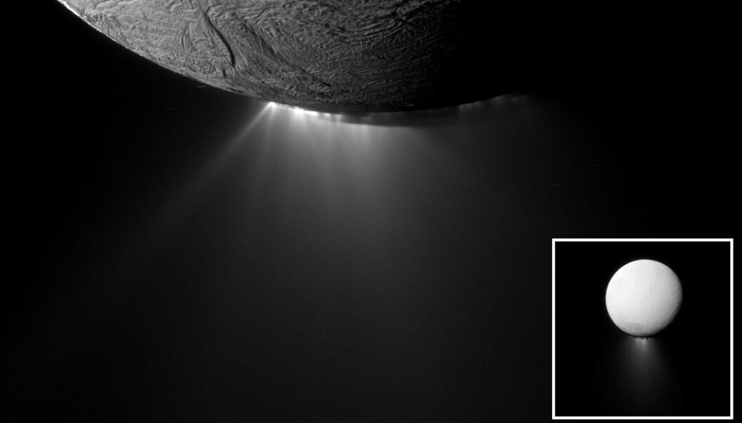 Den nærmeste plasseringen av geysirene som går ut av Enceladus, sett av Cassini. Stort område til høyre.