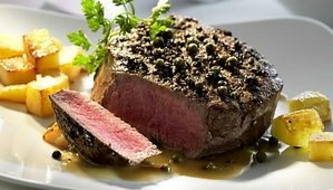 """""""Det er rene vitenskapen å vite hvordan man skal få et stykke kjøtt til å bli både saftig og smakfullt. (Foto: www.colorbox.no)"""""""