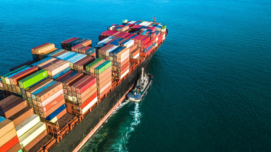 Research is now being made with ammonia as fuel for long-haul shipping. The solution can give zero in greenhouse gas emissions.