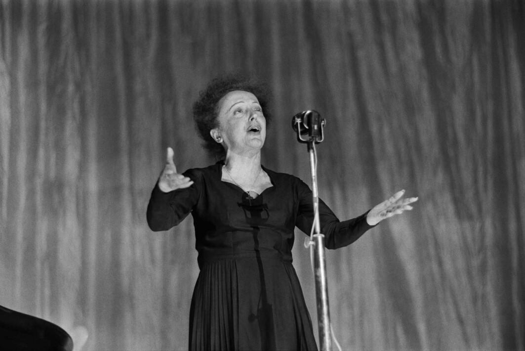 Édith Piaf sang, berømmelig, Je ne regrette rien – Jeg angrer ingenting.