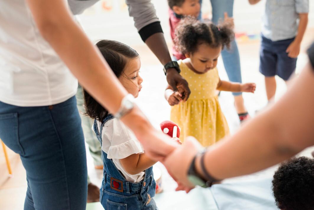 Å ivareta barnets og familiens individuelle behov er viktig for en god tilvenningsperiode, noe barnehagene skal være gode på, sier Kristin Danielsen Wolf.