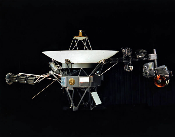 Voyager-romsonden. Voyager 1 og 2 så like ut.  (Foto:NASA)