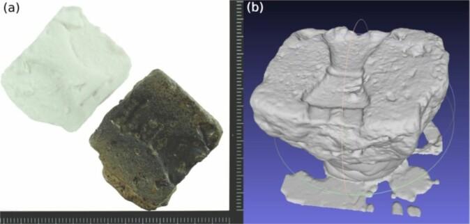 Til venstre ser vi en bit av en støpeform og en plastmodell, men den digitale rekonstruksjonen viser flere detaljer.