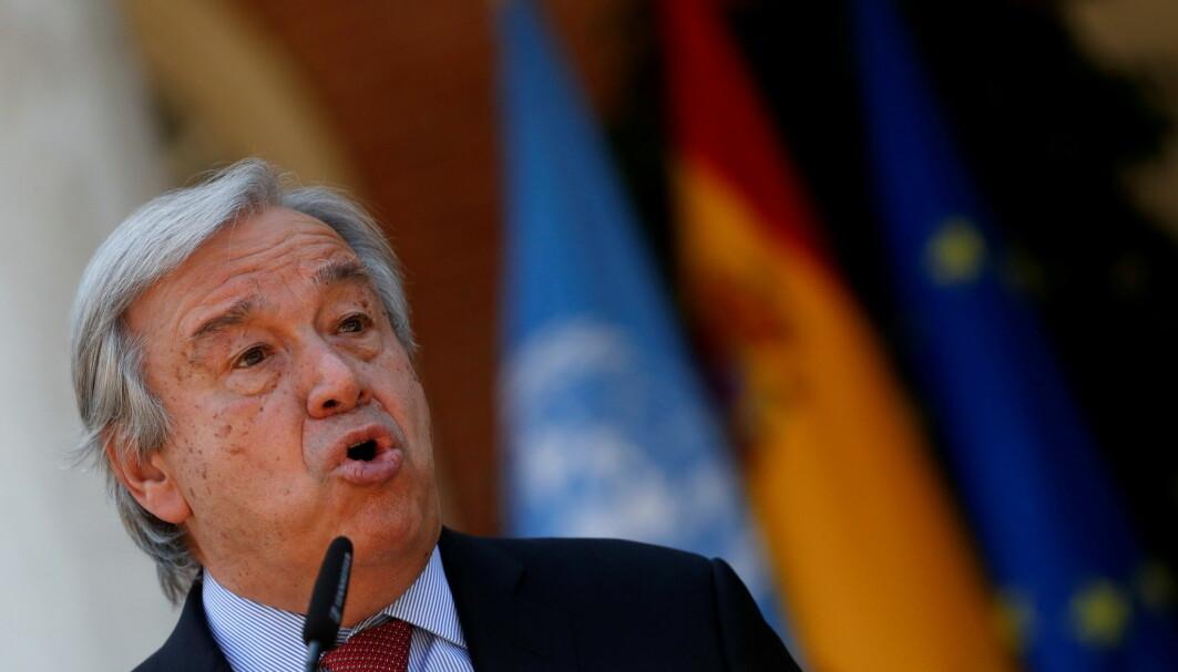 FNs generalsekretær António Guterres mener verdens land må avslutte all leting etter fossilt brensel.