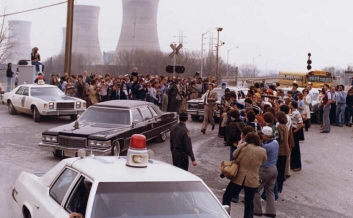 President Carter forlater Three Mile Island etter reaktorulykken i 1979. (Foto: Wikimedia Commons)