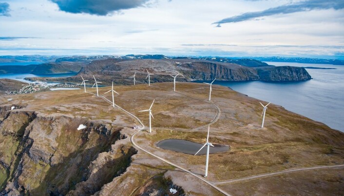 Norge kan trenge mye mer energi for å produsere nok hydrogen i framtida. Men dette er ikke problemfritt. Her vinmøller i Havøysund.