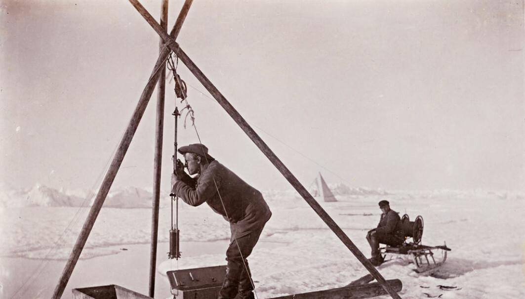 Arbeid på isen for 125 år siden