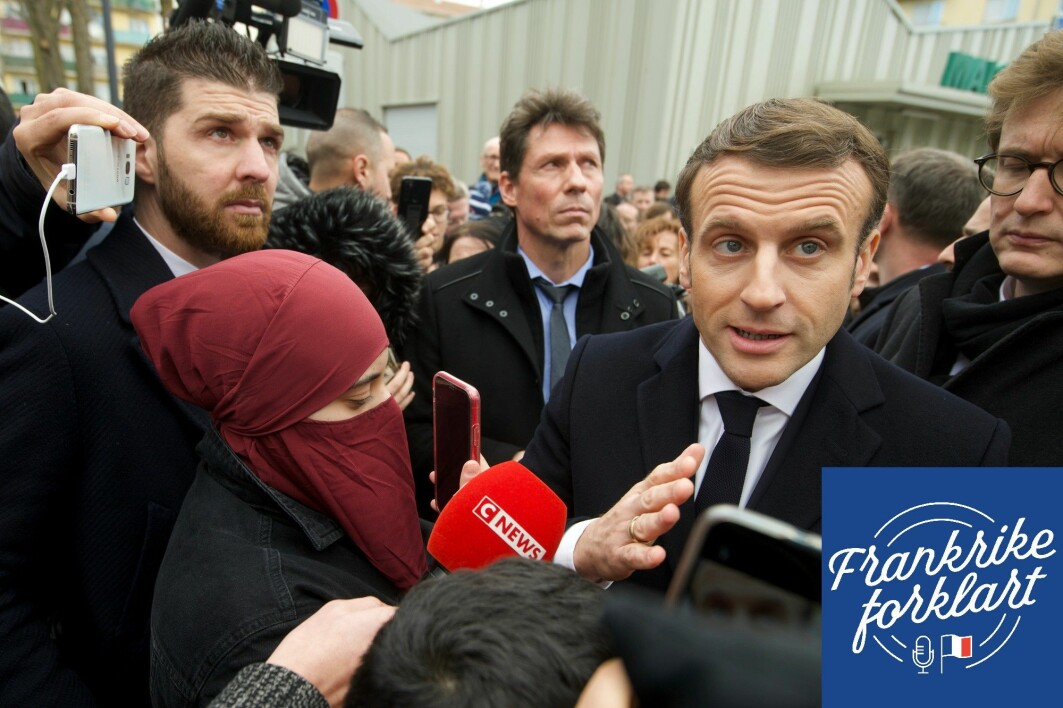 Frankrikes president Emmanuel Macron før et møte med politifolk i Bourtswiller øst i Frankrike. Her lovet Macron å ta et oppgjør med såkalt islamsk separatisme.