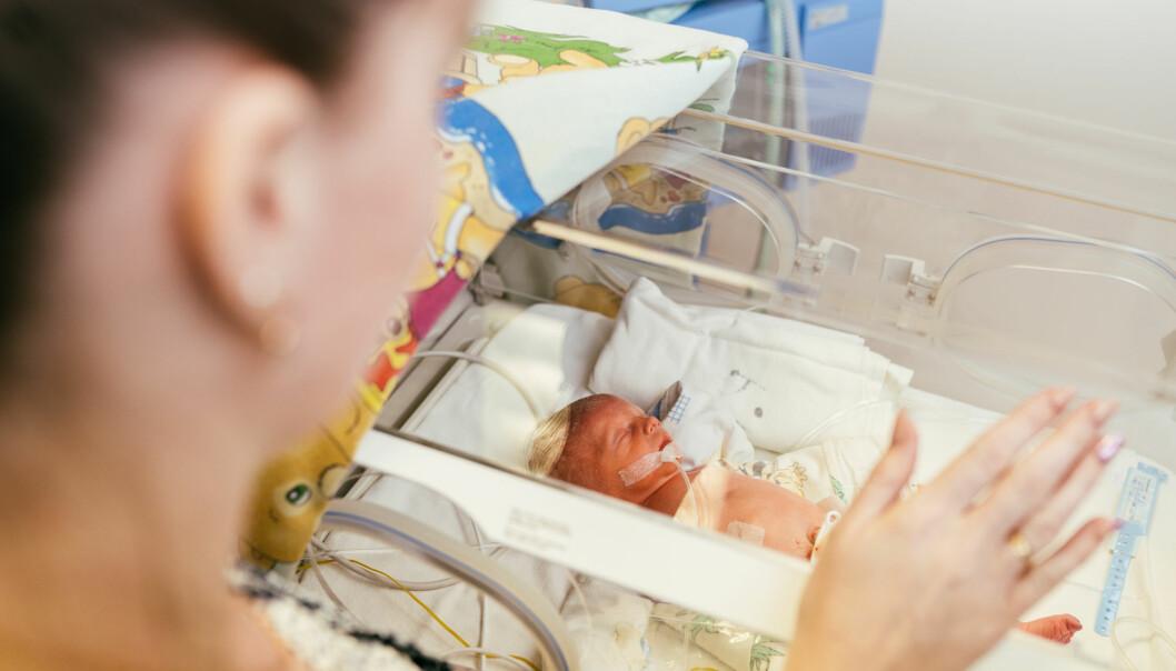 Barna hadde også litt høyere nivåer av hormonet oksytocin, som blant annet bidrar til å skape et emosjonelt bånd mellom mor og barn.
