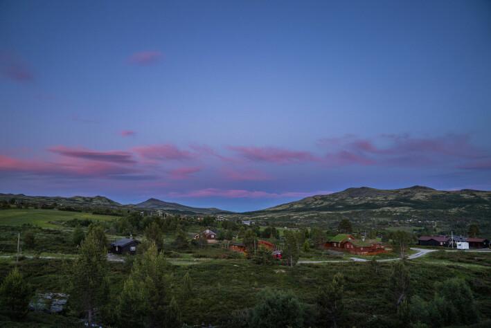 – Jeg har tro på at hytteutbygging skal bremses og gjøres på en annen måte, sier Jin Xue. Bildet er fra Høvringen hyttefelt vest i Rondane.