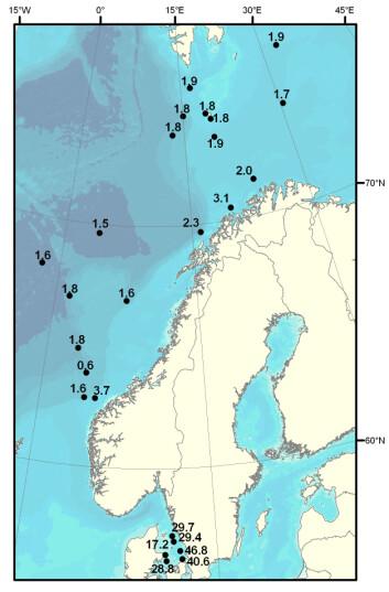 Figur som viser nivåene av Cs-137 både i Kattegat og Barentshavet i 2006. (Illustrasjon: Havforskningsinstituttet)