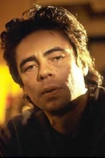 """""""Skuespilleren Benicio del Toro spiller i 21 grams."""""""