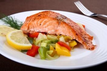 Når vi spiser fisk, får vi i oss miljøgifter, men samtidig også proteiner og vitaminer. Nå vil forskerne finne ut hvilken effekt dette har på helsa vår.