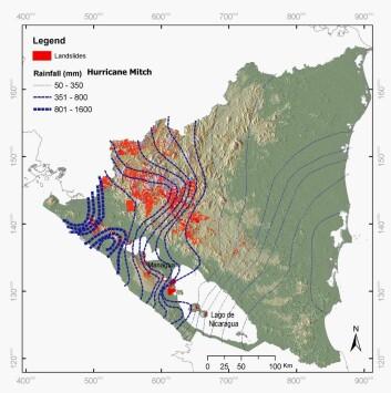 Kart over Nicaragua som viser nedbørsintensiteten ifm orkanen Mitch og områder med påfølgende skred.