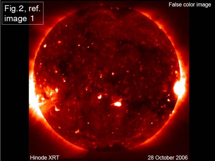 """"""" Den japanske solsatellitten Hinode har levert sine første bilder av solen etter oppskytingen i september."""""""