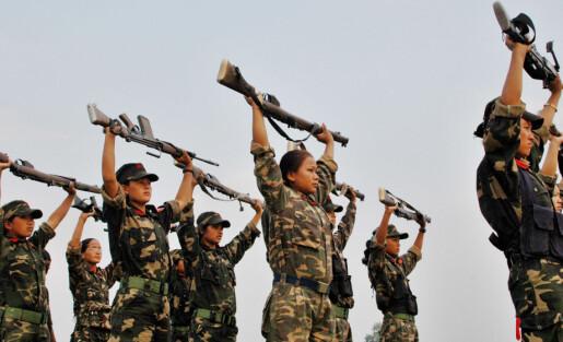 Jentesoldater i Colombia og Nepal opplevde mer likestilling i krig enn i fred