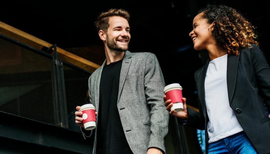 En samtale som flyter godt har nok øyekontakt - men ikke for mye, ifølge amerikanske forskere.