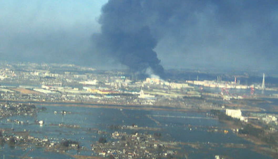 Dette bildet av Sendai havn i Japan er tatt fra helikopter etter at tsunamien traff. (Foto: U.S. Navy/Wikimedia Commons)