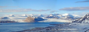 Kongsfjorden på Svalbard. (Foto: Kim Holmén, Norsk Polarinstitutt)