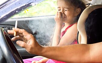 Jenter som utsettes for passiv røyking, har økt risiko for brystkreft som voksen