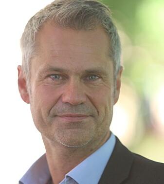 Henning Kristoffersen doet onderzoek naar zakendoen in China.  Daarvoor leidde hij de activiteiten van BI Norwegian Business School in China en was hij directeur van het Nordic Center aan de Fudan University in Shanghai.  Kristofferson promoveert nu aan de afdeling Sociale Antropologie van de Universiteit van Oslo.