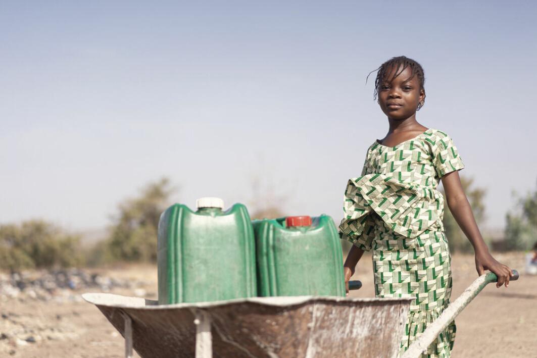 Lange tørkeperioder fører til vannmangel i land uten et skikkelig vannforsyningssystem