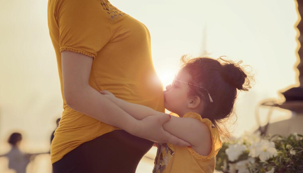 For mange er det fortsatt tabubelagt at de har fått hjelp til å bli gravide. Det er viktig å få temaet på dagsorden, skriver Marte Myhre Reigstad og Merete Karlsen Sande i dette blogginnlegget.