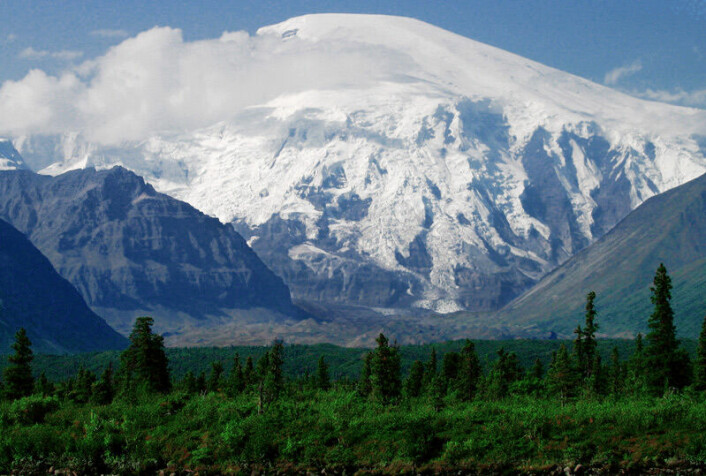 Dette er Wrangell-fjellene i dagens Alaska. Et mulig vulkansk område for over 230 millioner år siden er oppkalt etter disse fjellene.
