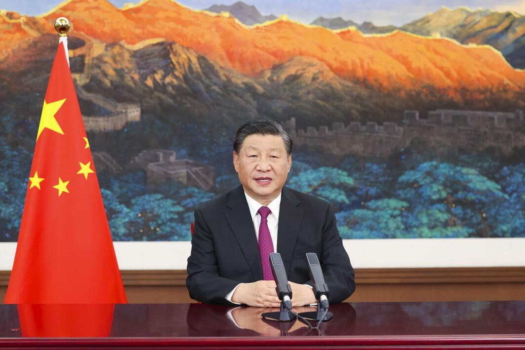 Kinas president Xi Jinping lanserte Belte-vei-Initiativet (BRI) i 2013. Nå får det kraftig kritikk for sine lite åpne betingelser, og for at det fremmer økt gjeld og korrupsjon.