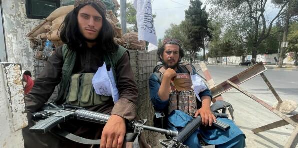 Politiet i Afghanistan hadde begynt å samarbeide med lokalbefolkningen. Nå har de gått i dekning.