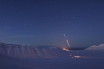 Desember 2008: Forskningsraketten ICI-2 skytes opp fra Ny-Ålesund. I 2010 er det klart for etterfølgeren ICI-3. (Foto: Martin Langteigen)