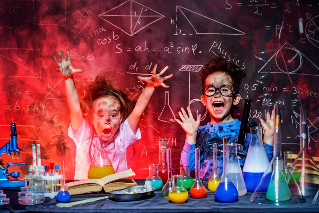 Liker Kemmy og Kim kjemi fordi de heter Kemmy og Kim?