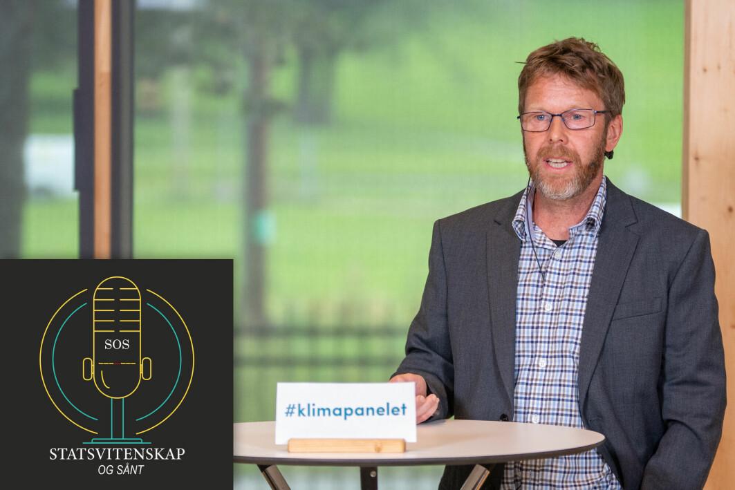 Asgeir Sorteberg fra Universitetet i Bergen og Bjerknessenteret, er gjest i denne utgaven av Statsvitenskap og sånt. Bildet er fra da han viste frem en del resultatet av klimarapporten for pressen på Klimahuset i Oslo i august.