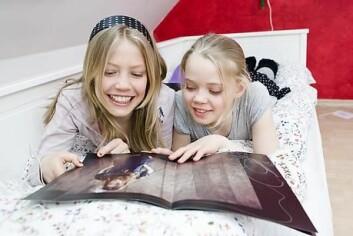 Selv om ukeblader brukes til virkelighetsflukt, har unge jenter et veldig bevisst forhold til det de leser, ifølge forsker Sanna Sarromaa. (Illustrasjonsfoto: www.colourbox.no)