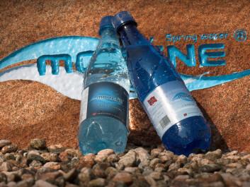 I design og navnevalg spiller produsentene av Morene kildevann bevisst på den geologiske opprinnelsen til vannkilden de tapper fra.