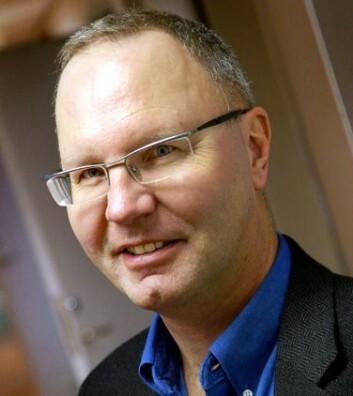 Professor i nevrologi Jan Petter Larsen leder ParkVest, en studie som skal følge 200 nylig diagnostiserte Parksinson-pasienter over tolv år. (Foto: SUS)